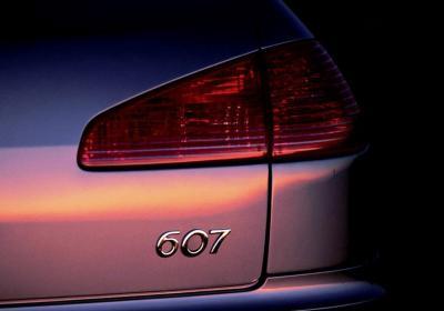 Peugeot_607.jpg